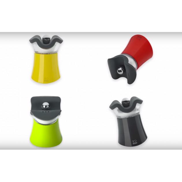 La collection Pep's Peugeot se decline en 4 couleurs : noir. jaune. rouge et vert