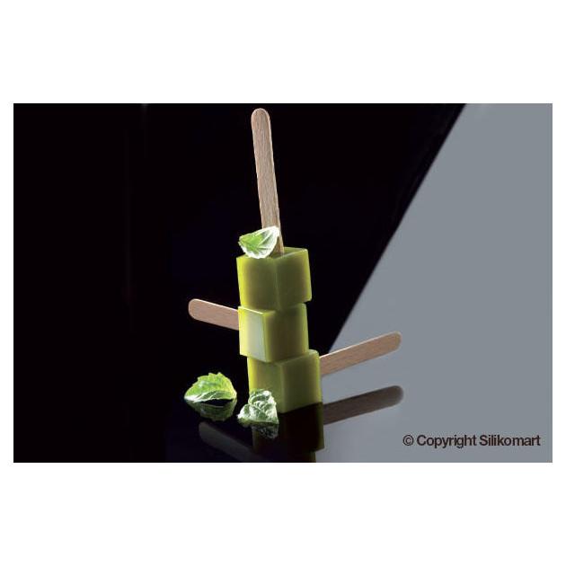 Cube a la menthe sur batonnets