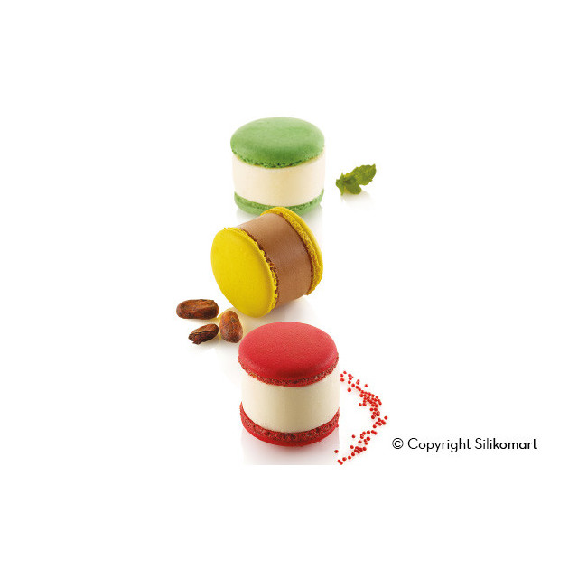 Macarons realises avec le moule silicone multiflex SilikoMart Pro