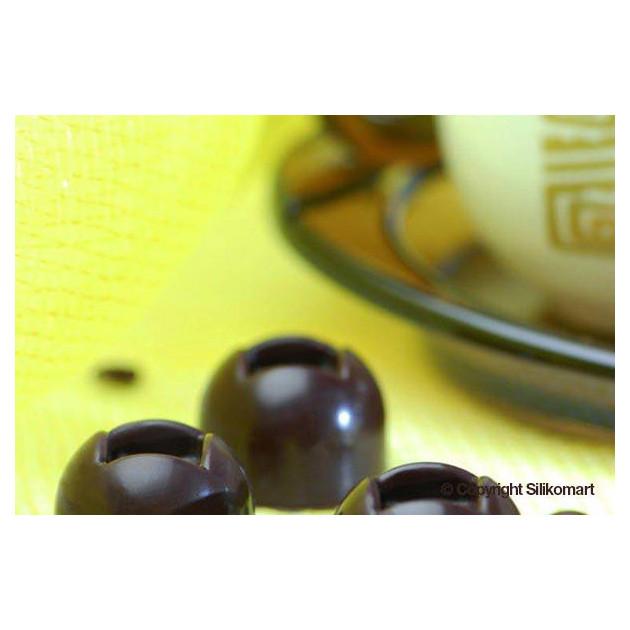Chocolats Boules realises avec le moule en silicone Easy Choc