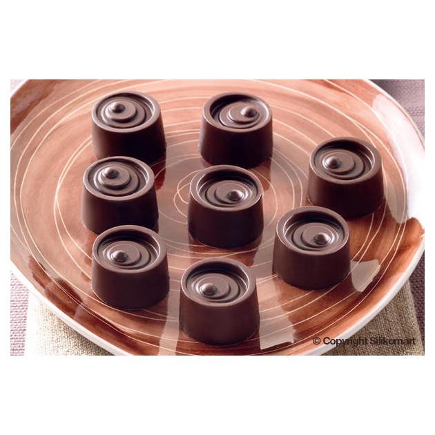 Chocolats Ronds realises avec le moule silicone Easy Choc
