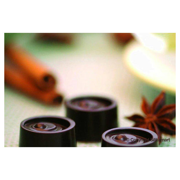 Bonbons en Chocolat Ronds realises avec le moule en silicone SilikoMart