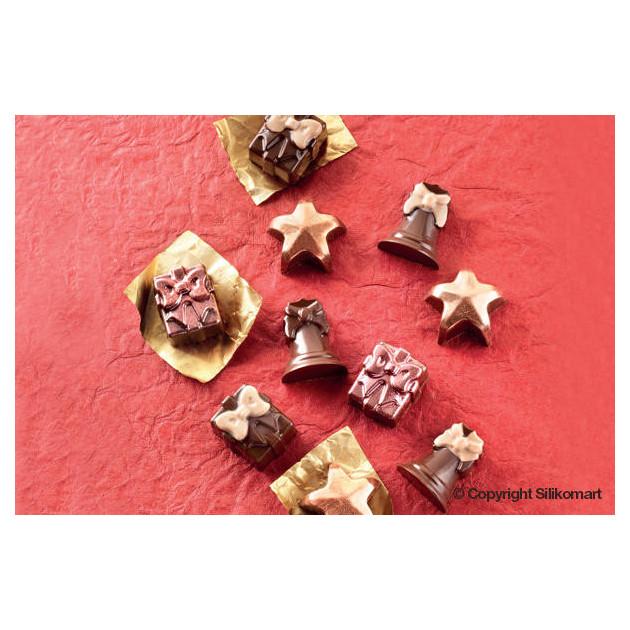 Chocolats de Noel realises avec le moule a chocolat Easy Choc