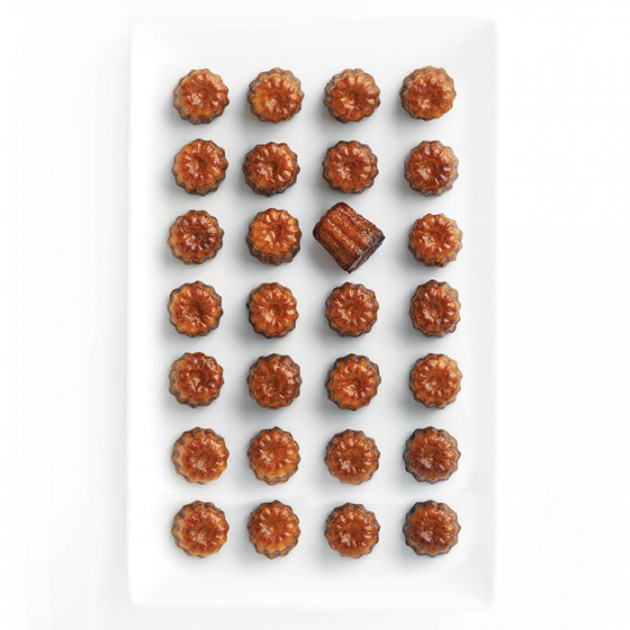 28 delicieux Mini-Canneles faits avec le moule Mastrad