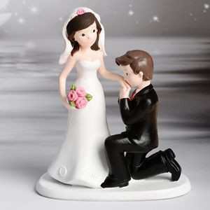 Figurine Mariage Couple baise-main 16,5 cm