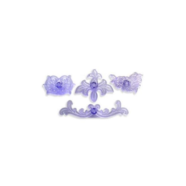 kit de 4 emportes pieces a motifs floraux