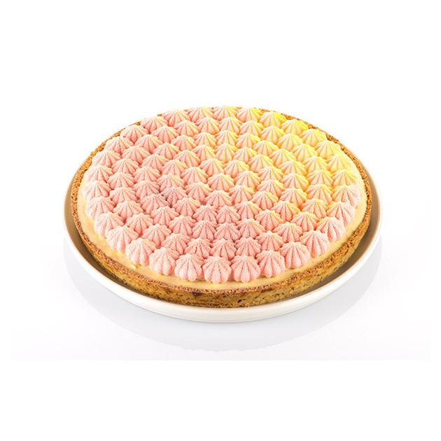 Dessert fait avec le cercle et moule silicone Tarte Meringue Silikomart 3D Design