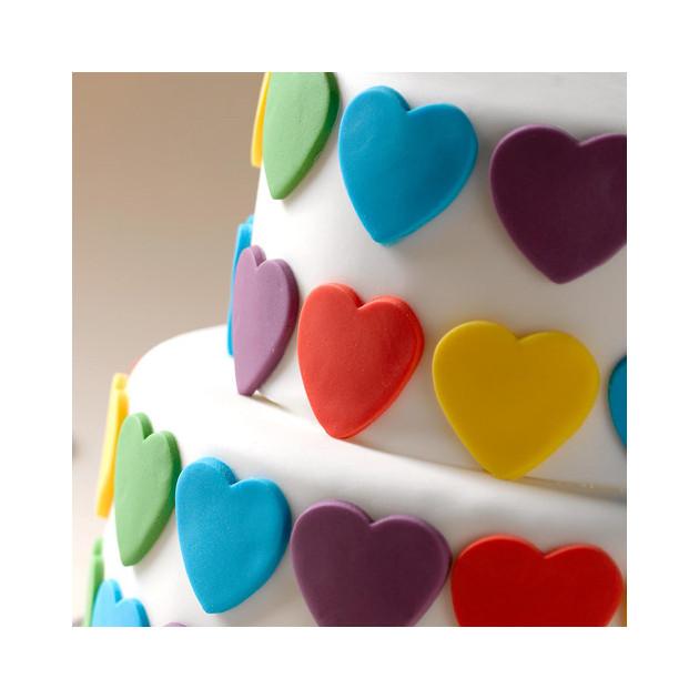 Cœur en pâte à sucre pour une décoration de gâteau originale