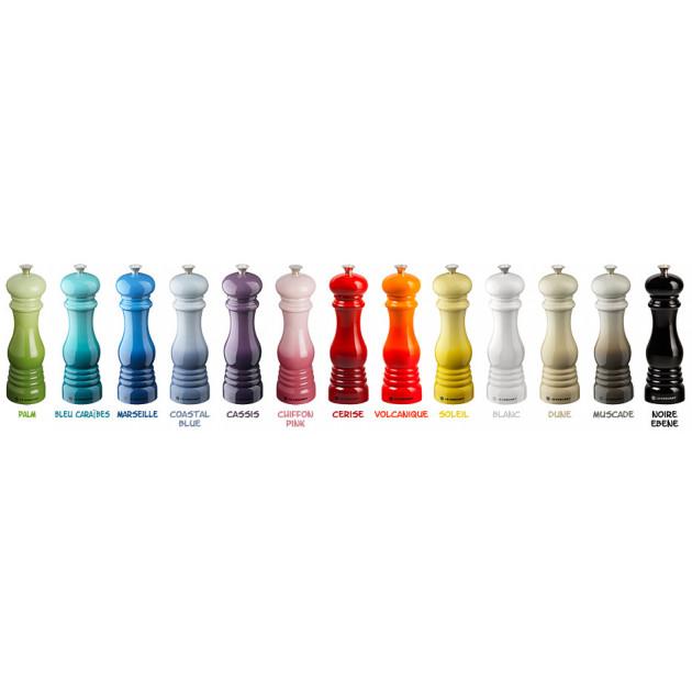 Ensemble des couleurs disponibles Moulin a sel Le Creuset