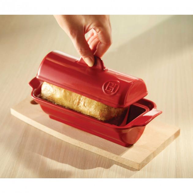 Realisation d'un foie gras dans la Terrine a foie gras Medaillon Emile Henry