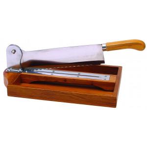 Couteau sur socle en bois verni de 35 cm