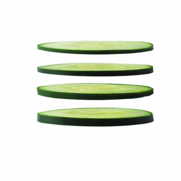 Obtenez des tranches regulieres avec la Mandoline Reglable Lame Ceramique avec Protege Doigts Kyocera Rouge