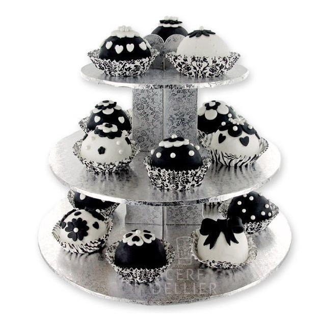 Cupcakes decorees sur le Stand a Cupcakes Argente
