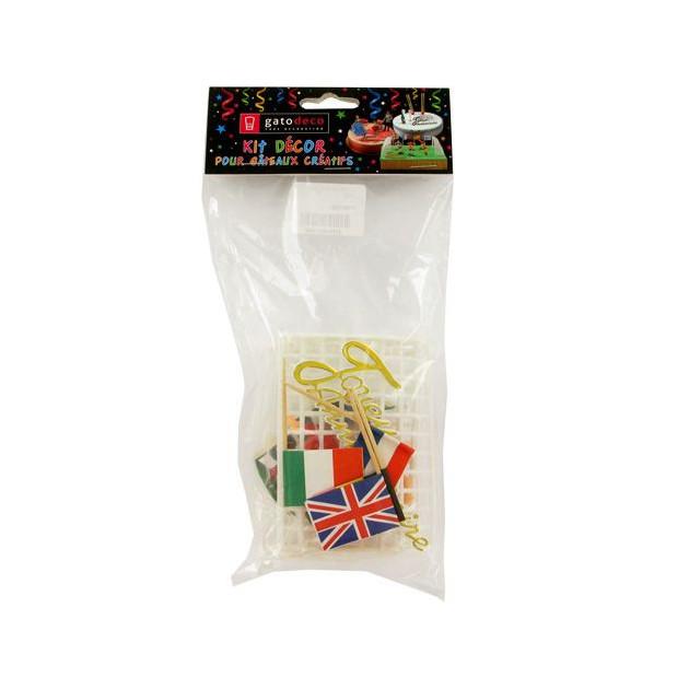 Packaging des Decorations pour Gateau Theme Football