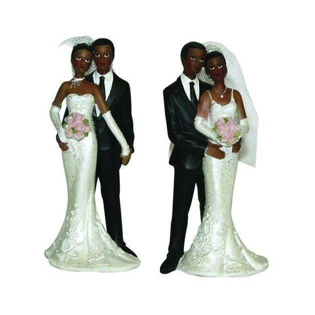 Figurine Mariage Maries Metisses se tenant la main 13 cm