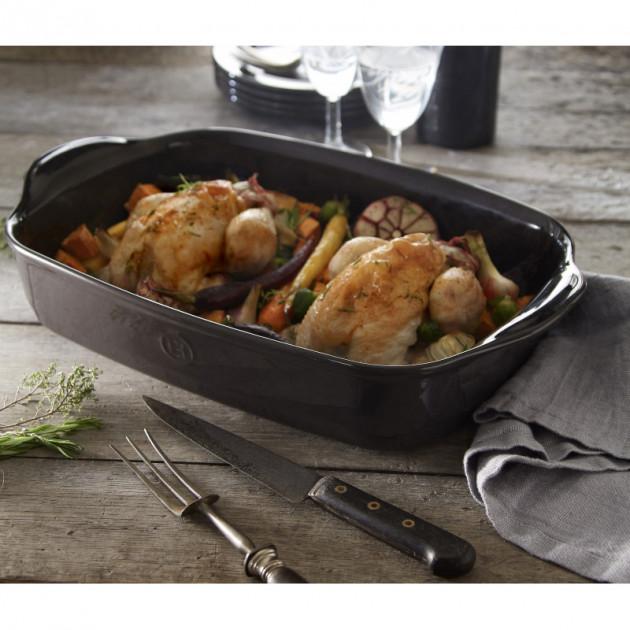 Poulets rotis aux legumes dans le Plat a Four Rectangulaire Emile Henry