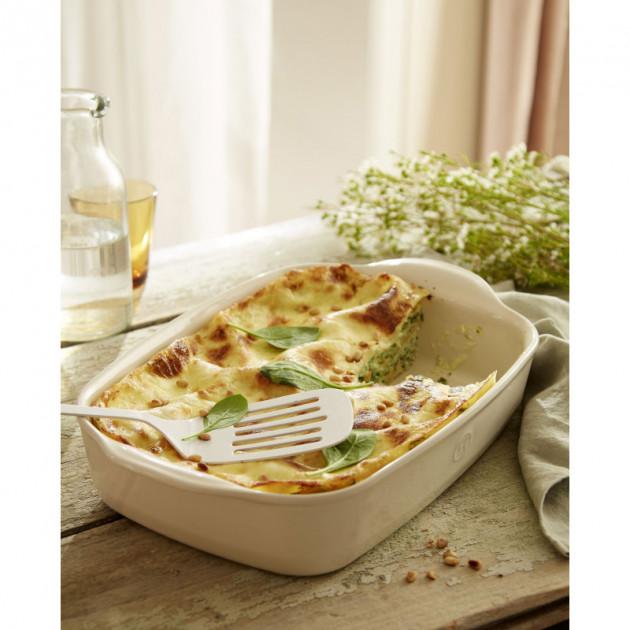 Lasagnes epinards saumon realisees dans un Plat a Four Emile Henry