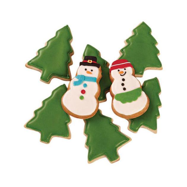 Biscuits de Noel realises avec le moule a biscuits Wilton
