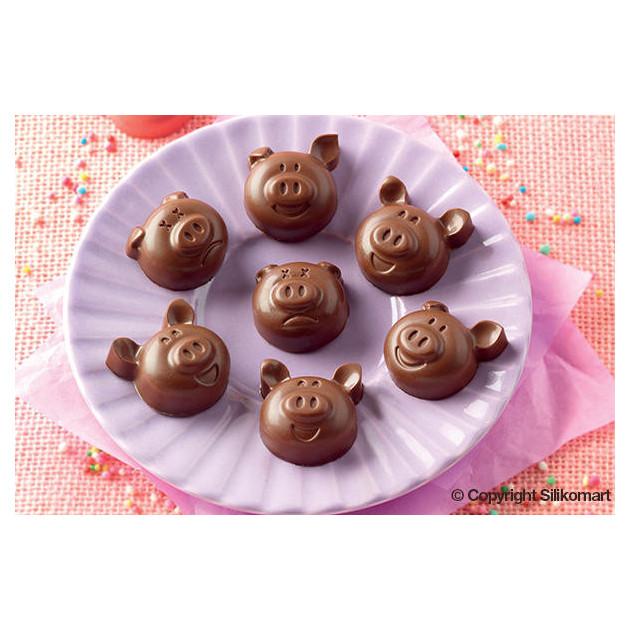 Tetes de cochons en chocolat realisees avec le moule a chocolat silicone easy choc