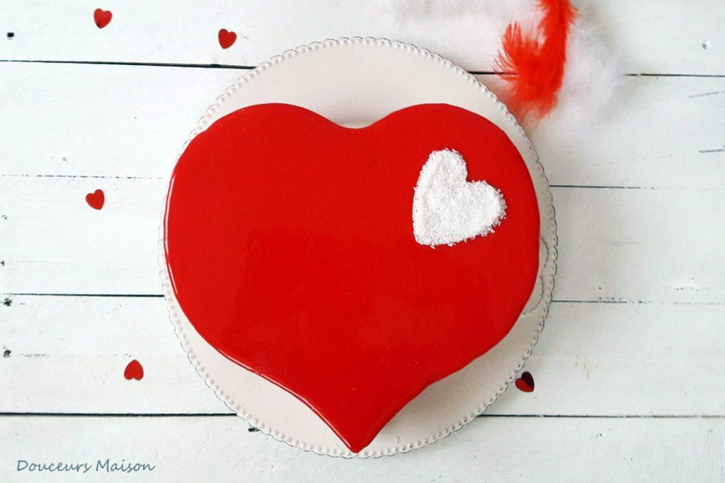 Le Coeur de Valentin : entremets fruits rouges et noix de coco