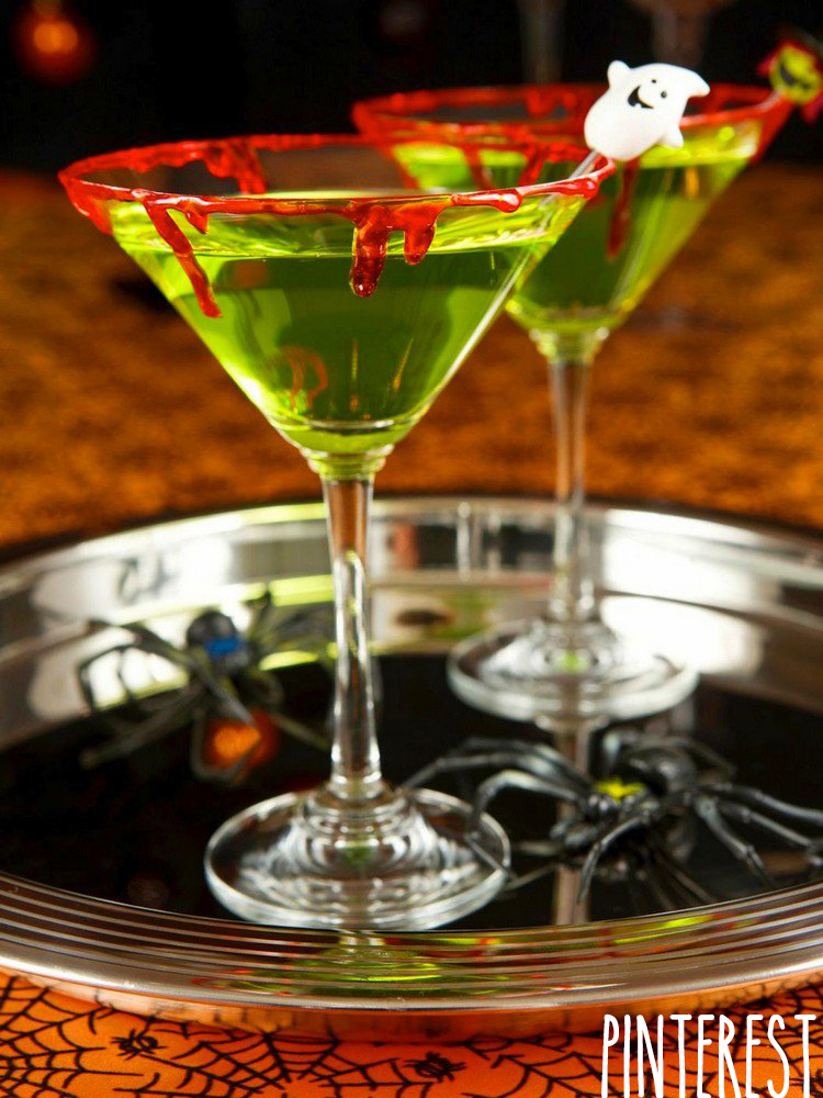 Cocktail Halloween vert bord faux sang