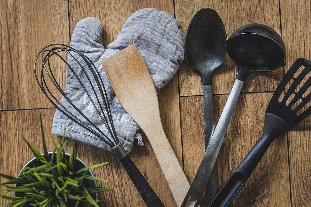 Premier appartement : les essentiels de la cuisine !