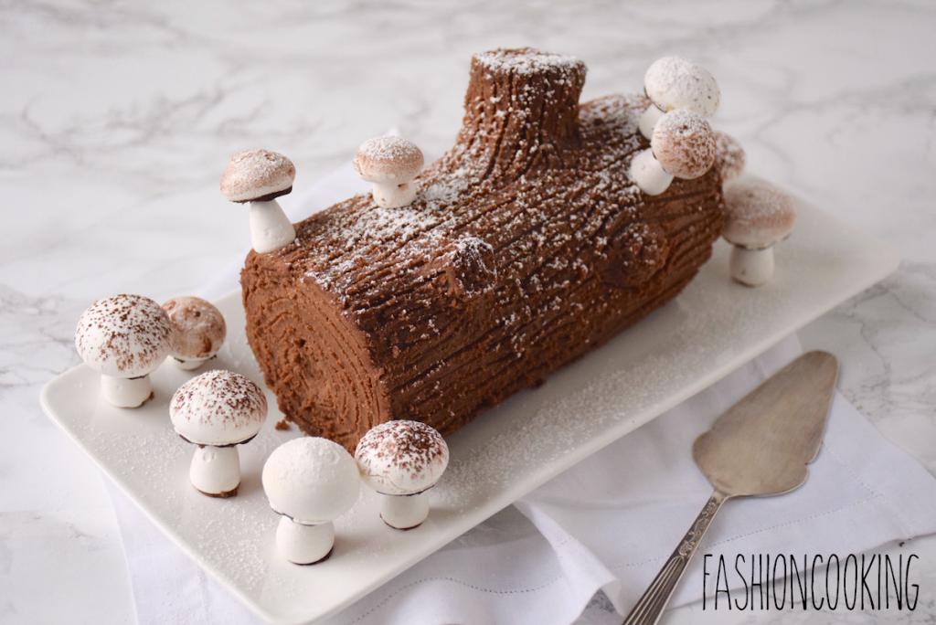 Découvrez la recette de la meringue Suisse! Croustillantes et bombées, ces meringues sont parfaites pour décorer vos bûches de Noël
