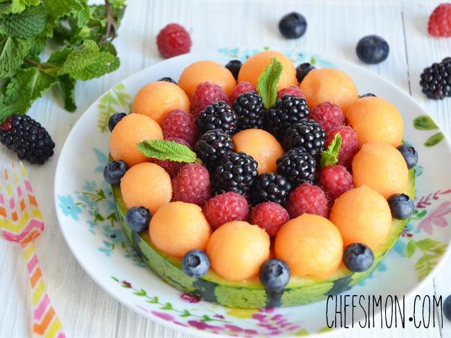 Réalisez une tarte avec des billes de melon et de pastique