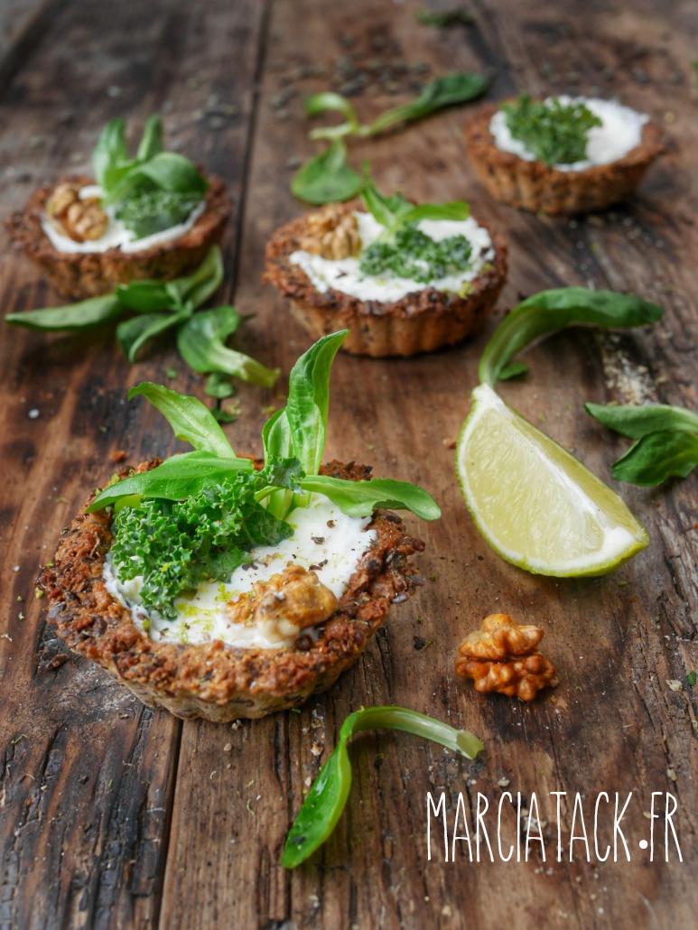 Réalisez de croquantes tartelettes au chou kale et noix