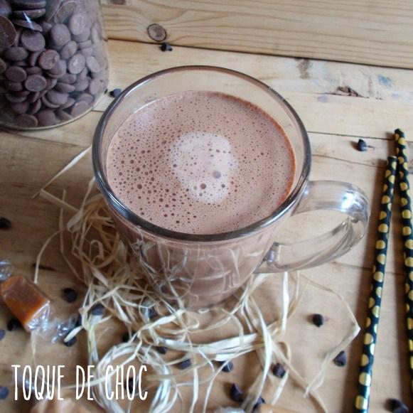 Le chocolat chaud avant l'ajout de la chantilly et des autres décorations gourmandes