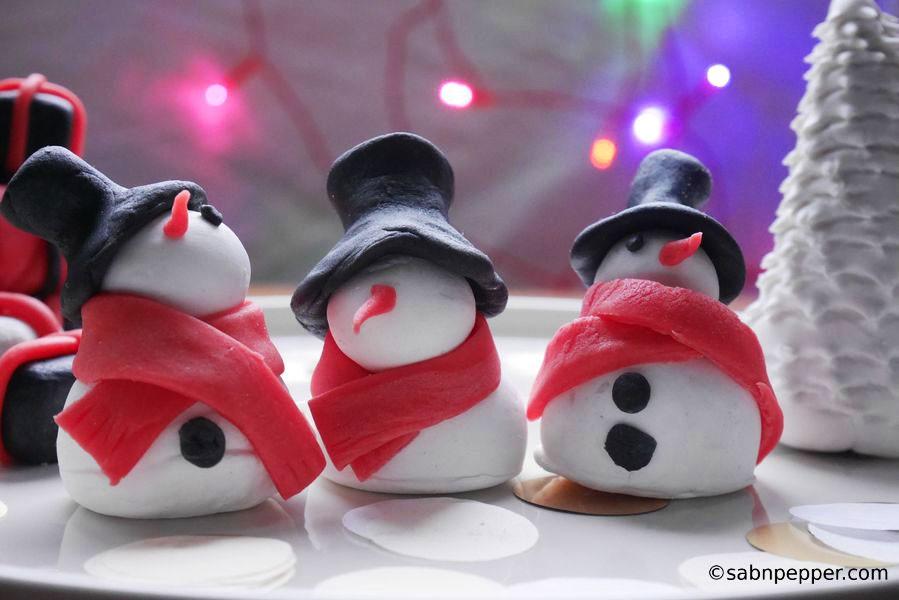 3 décorations de Noël en pâte à sucre