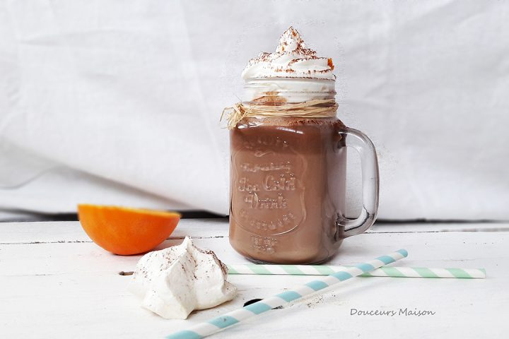 Chocolat Chaud à la Cannelle et Chantilly Orange