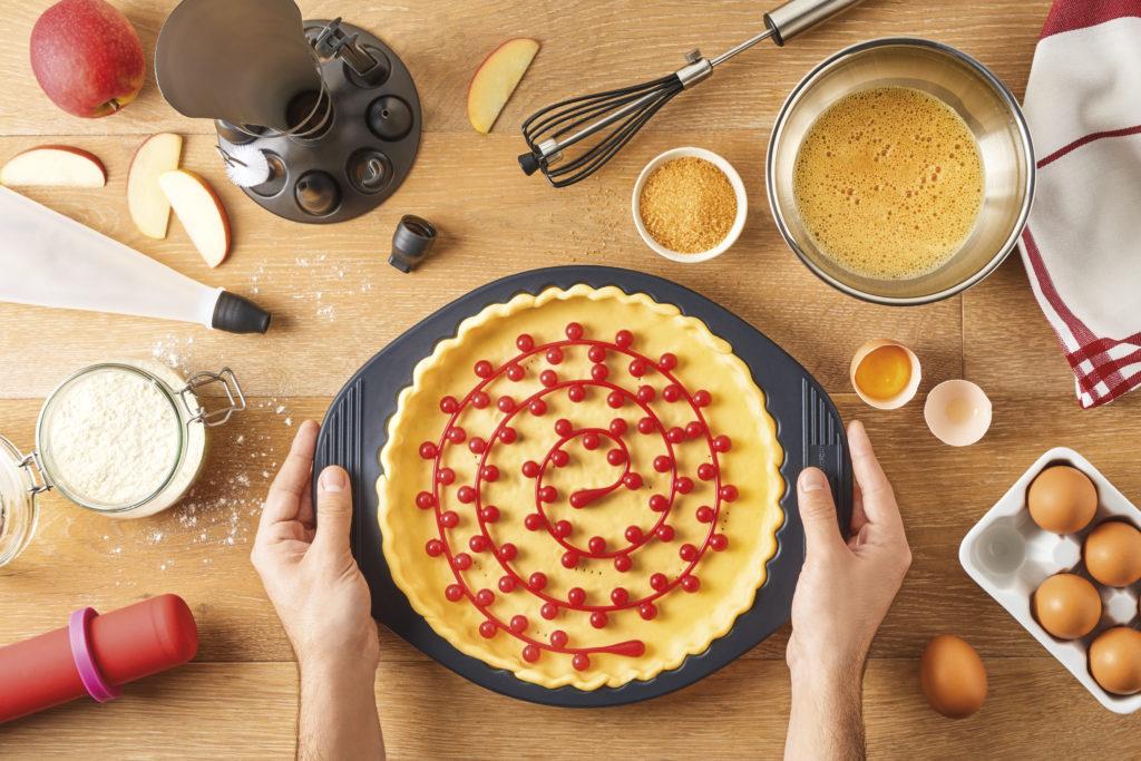 En avant la pâtisserie avec le Moule Tarte Silicone !