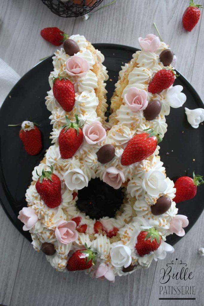 Gateau Lapin Chocolat Blanc et Fraises