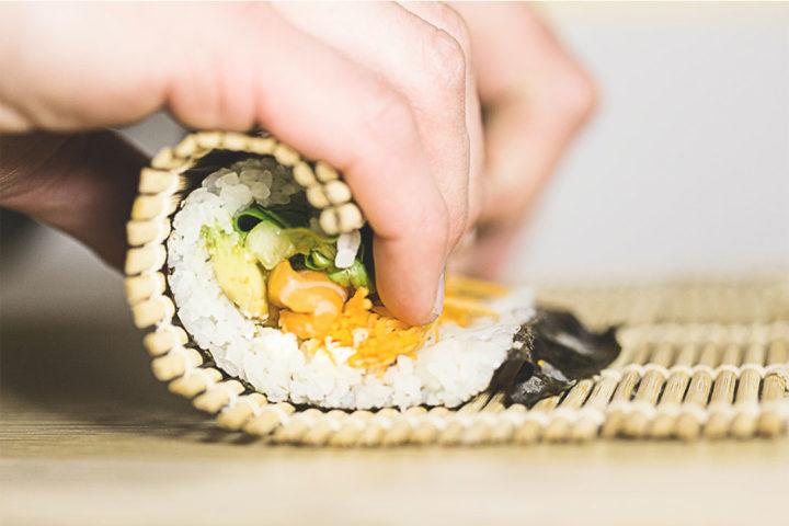 Guide d'achat : comment faire des sushis maison ?