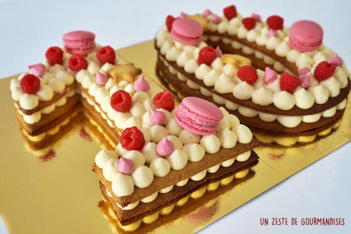 Number cake vanille, framboise, hibiscus et rose