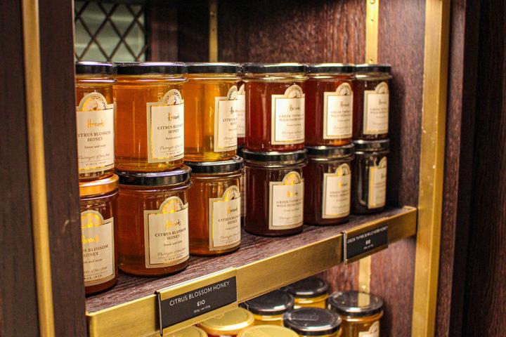 Le miel : ses bienfaits, formes, et utilisations