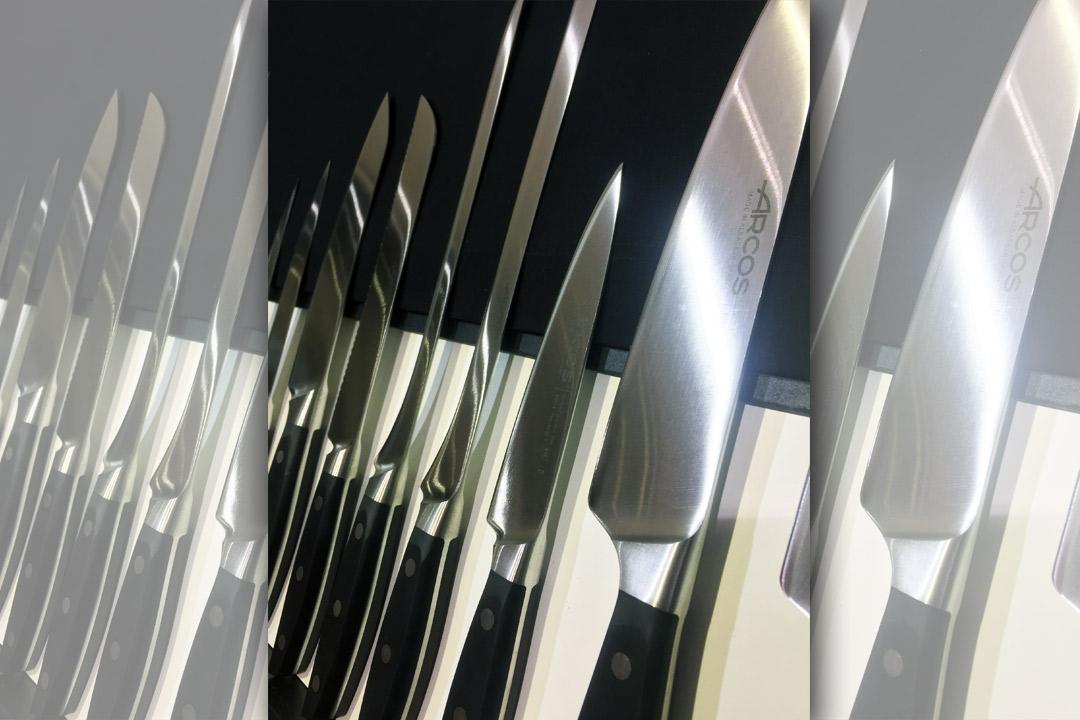 Nettoyage, affûtage, ou même utilisation : découvrez nos conseils pour que vos couteaux gardent leur tranchant plus longtemps.