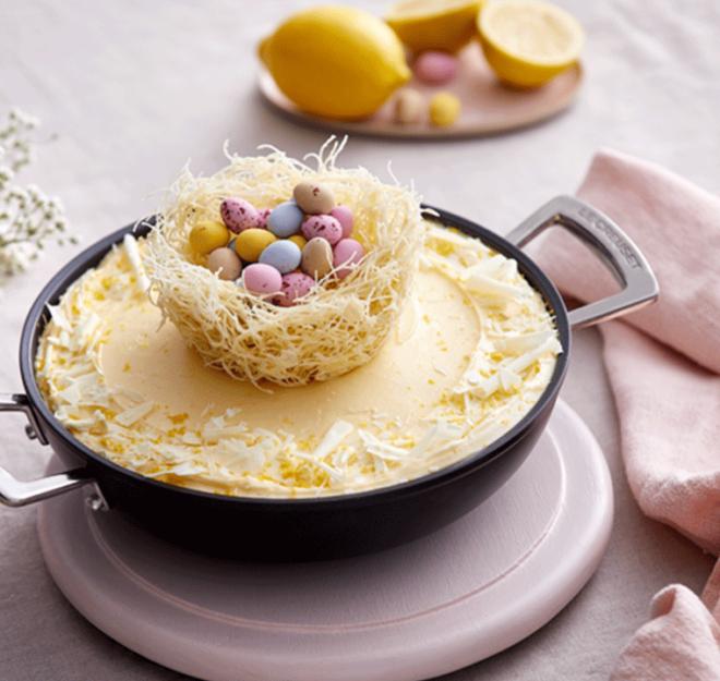 Profitez de ce délicieux gâteau au citron et chocolat blanc pour fêter Pâques !