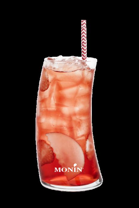 Cocktail au cidre et aux fraises
