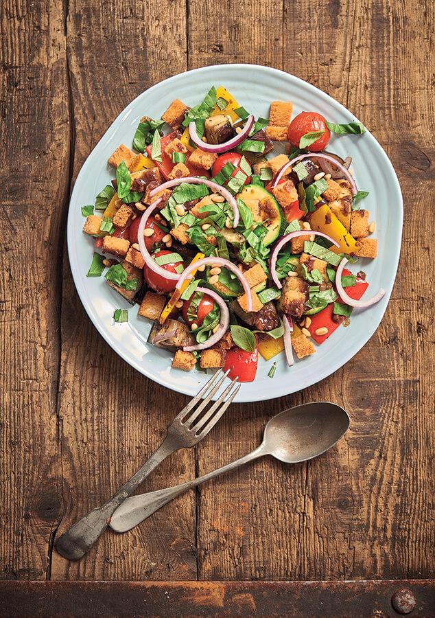 Suggestion de présentation Salade de Légumes et Croûtons
